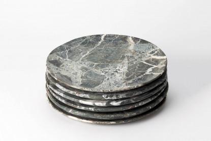 Großer Teller aus Stein